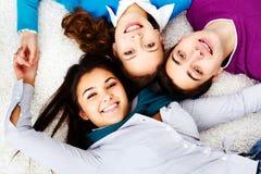 Amis sur le plancher Photo stock