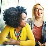 Amis Team Brainstorming Community Concept de diversité Photo stock