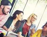 Amis Team Brainstorming Community Concept de diversité Image stock