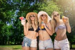 amis trois heureux Photo libre de droits