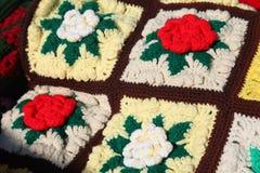 Amish fazem crochê rosas estofam foto de stock royalty free