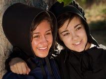 Amish flickor Arkivbild