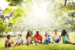 Amistad Team Relaxation Holiday Concept de los estudiantes Imagenes de archivo