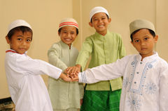 Amizade, miúdos muçulmanos Fotografia de Stock Royalty Free