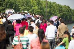 Ammucchi la camminata sul primo maggio in Cina Fotografie Stock Libere da Diritti