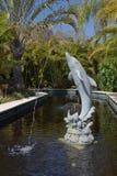 Aménagement - fontaine d'eau de dauphin Photographie stock libre de droits
