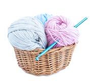 Amo e filato di Crochet fotografia stock libera da diritti