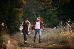 Amo el correr en el campo Imagen de archivo libre de regalías