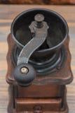 Amoladora de café de madera Imágenes de archivo libres de regalías