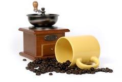 Amoladora de la taza de café y de café Fotos de archivo