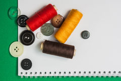 Amorçage avec un pointeau et des boutons Photographie stock