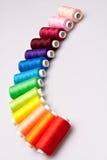 Amorçage coloré pour la couture Images libres de droits