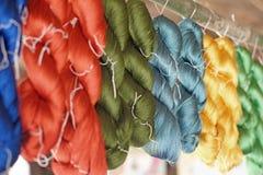 Amorçage en soie cru coloré Images stock