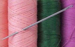 Amorçage et pointeau colorés Photo stock