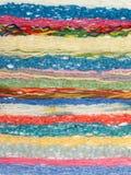 Amorçages de couleur pour le tricotage Photos stock