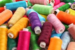 Amorçages de couture colorés Photographie stock libre de droits