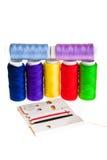 Amorçages de couture colorés Photographie stock