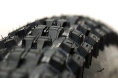 Amorçages de pneu de vélo de montagne Image stock