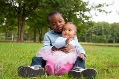 Amor africano de los niños Fotografía de archivo