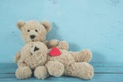 Amor de los osos de peluche Imágenes de archivo libres de regalías