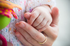 Amor de padre y dulzura imágenes de archivo libres de regalías