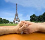 Amor en París Foto de archivo