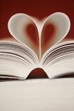 Amor entre las paginaciones fotografía de archivo