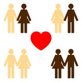 Amor entre várias cores da pele Fotos de Stock