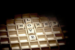 Amor para o conceito do dinheiro Fotos de Stock