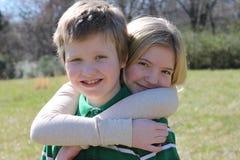 Amor Sisterly Fotografia de Stock Royalty Free