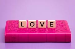 Amor soletrado para fora Imagem de Stock