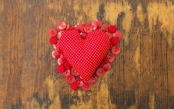 Amor suave en una almohada Imagenes de archivo