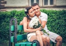 Amor y afecto entre un par joven Imagen de archivo libre de regalías