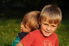 Amore del fratello Fotografie Stock