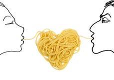 Amore della pasta (tema di giorno del `s del biglietto di S. Valentino) Immagine Stock