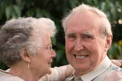 amore delle coppie pensionato Immagini Stock