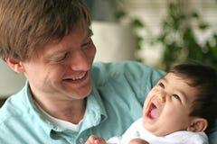 Amore di un padre Immagini Stock Libere da Diritti