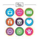 Amore, icone di giorno di S. Valentino Obiettivo con cuore Immagine Stock Libera da Diritti