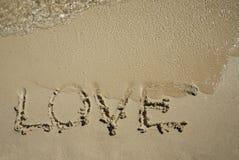 Amore sulla spiaggia Fotografie Stock Libere da Diritti