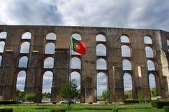 Amoreira akvedukt i Elvas portugal Arkivbild