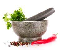 amortar серый изолированный красный цвет перца петрушки Стоковые Фото