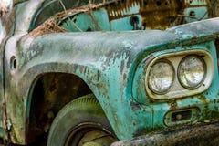 Amortisseur de vieux Ford Truck Photographie stock