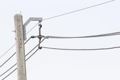 Amortisseur et câble d'entretoise dans 22 kilovolts 3 de phese Image stock