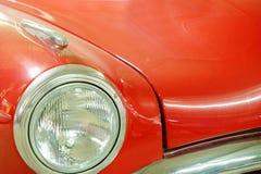 Amortisseur et capot de vieille voiture Image stock