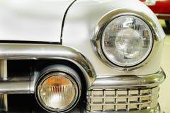 Amortisseur et phare avant Cadillac Photo libre de droits