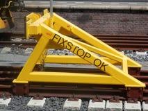 Amortisseur ferroviaire en acier jaune Image stock