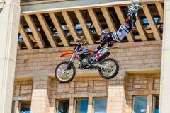 Amos de la demostración FMX del estilo libre de Moto Moscú, el 26 de julio de 2014 Fotografía de archivo