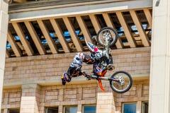 Amos de la demostración FMX del estilo libre de Moto Moscú, el 26 de julio de 2014 Imagen de archivo