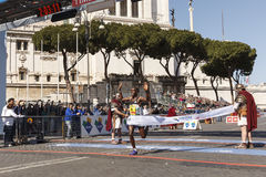 Amos Kipruto crosses the finish line Royalty Free Stock Images