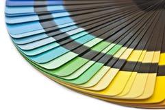 A amostra de folha do espectro do guia da cor prova o arco-íris Foto de Stock Royalty Free